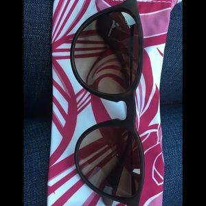 Ray Ban Erika Sunglasses. Like New!